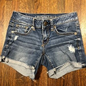 American Eagle Shorts Size 0 Cutoff Distressed